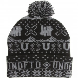 Undefeated Ascender Pom-Pom Beanie (black)