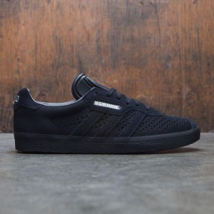 Adidas x Neighborhood Men Gazelle Super (black / core black)