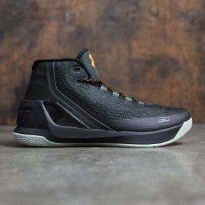 Under Armour x Steph Curry Men Curry 3 - Flight Jacket (green / black)