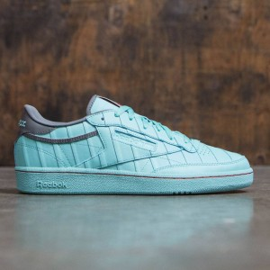 Reebok x Solebox Men Club C 85 - Year Of The Court (teal / aqua vapor / cyclone gray / techy red)