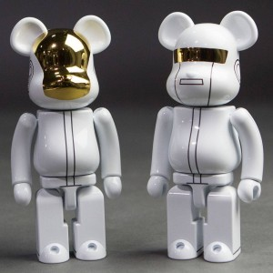 Medicom Super Alloyed Daft Punk White Suit Version 200% Bearbrick Figure Set (white)