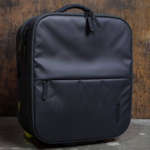 Incase EO Travel Rolling Briefcase Bag (black)