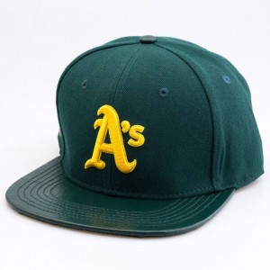 Pro Standard Oakland Athletics Logo Cap With 2 Gold Pins (green)