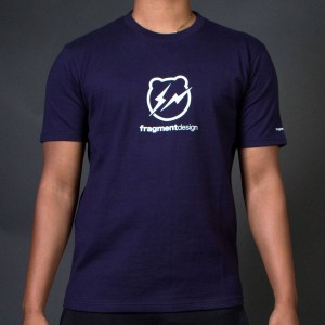 Medicom x Fragment Design Men Be@rtee Logo Tee (navy)