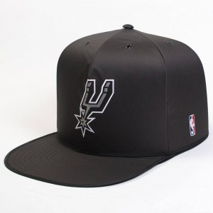 Nap Cap x NBA San Antonio Spurs Indoor Pet House (black)