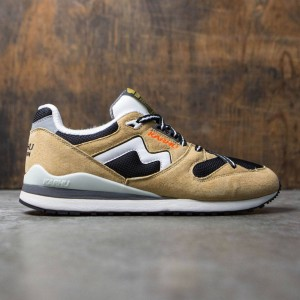 Karhu Men Synchron Classic - Outdoor Summer Pack (tan / marzipan / jet black)
