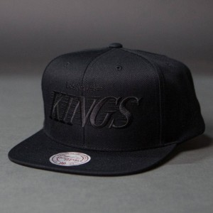 BAIT x NHL x Mitchell And Ness Los Angeles Kings Classic Snapback Cap (black / gray)