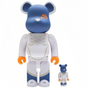 Medicom Nike SB Dunk Elite High 100% 400% Bearbrick Figure Set (white)
