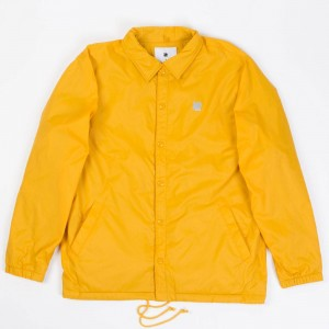Undefeated Men 5 Strike Coaches Jacket (gold)