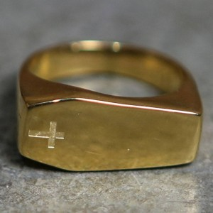 Mister Coffin Ring (gold)