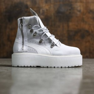Puma x Fenty By Rihanna Women SB Boot (white)