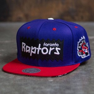 BAIT x NBA x Mitchell And Ness Toronto Raptors STA3 Wool Snapback Cap (purple / red)