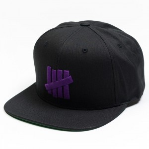 Undefeated 5 Strike HO17 Cap (black)