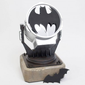 DC Collectibles Batman Bat Signal 13 Inch Prop Replica (silver)