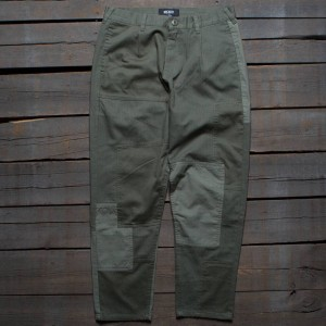 10 Deep Men Many Wars Trousers (green / army)