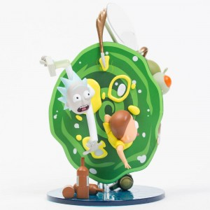Kidrobot x Rick And Morty 7 Inch Medium Art Figure (green)