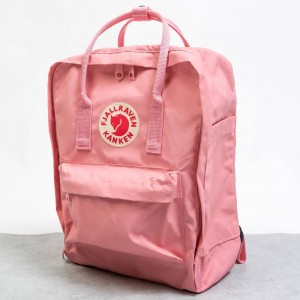 Fjall Raven Kanken Backpack (pink)