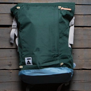 Poler Rolltop Backpack (green / dark green)