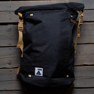 Poler Rolltop Backpack (black)