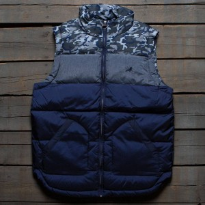 Staple Men Nylon Fill Vest (navy)