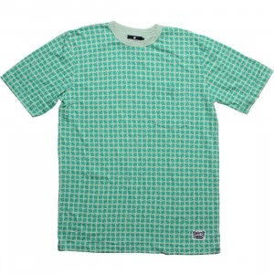 Undefeated All Over Strike Tee (green)