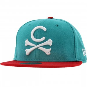 Crooks and Castles Crossbones New Era Fitted Cap (red / teal)