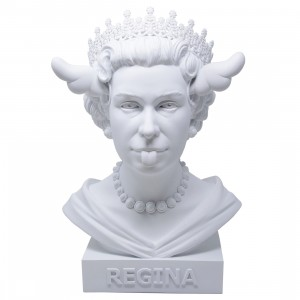 Medicom x SYNC x D*Face Dog Save The Queen Statue (white)